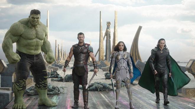 Bom tan Marvel 'Thor: Ragnarok' vuot moc 700 trieu USD toan cau hinh anh 1