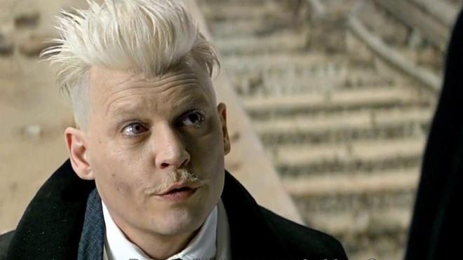 J.K. Rowling bao ve Johnny Depp anh 2