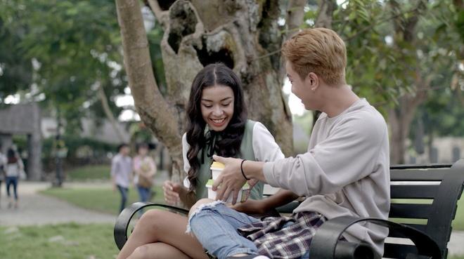 Teaser 'Glee' tap 18: Rocker Nguyen trut gian danh Huu Vi hinh anh