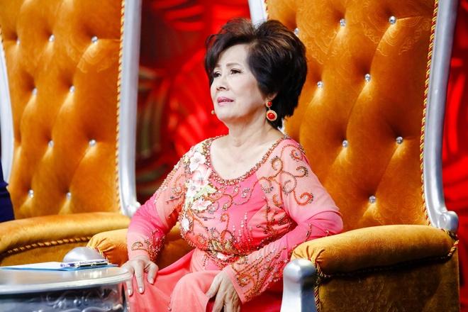 Danh ca Phuong Dung: 'Khong chap nhan boi moc doi tu tren truyen hinh' hinh anh 1