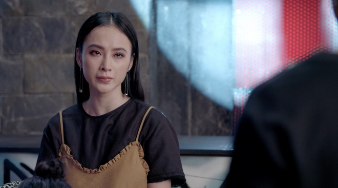 Teaser 'Glee' 20:  Huu Vi va Angela Phuong Trinh nhin nhau khoc nuc no hinh anh