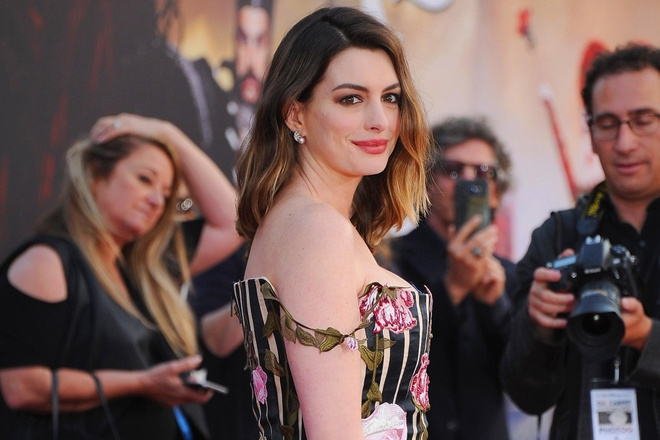 Anne Hathaway co the sam vai bup be Barbie trong phim live-action moi hinh anh 2