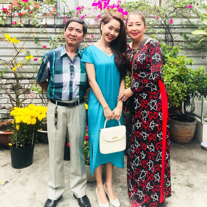 My nhan Viet mac gi trong ngay mung Mot Tet Nguyen dan? hinh anh 14
