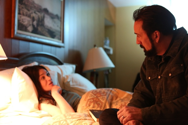 Nicolas Cage tro lai voi phim canh bao nan quay len trong khach san hinh anh 3