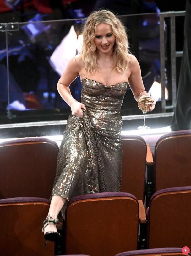 Jennifer Lawrence treo ghe o Oscar anh 2