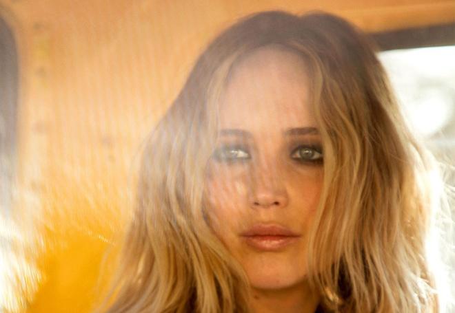Jennifer Lawrence: Tia sang khac biet cua the he Hollywood moi hinh anh