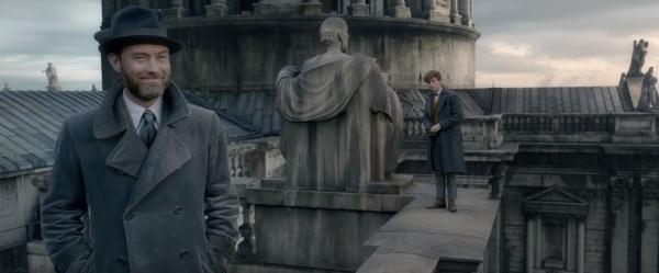 Teaser trailer phim 'Fantastic Beasts - The Crimes of Grindelwald' hinh anh