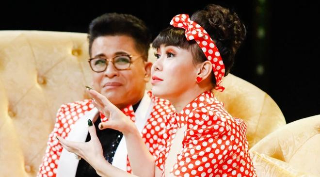 Akira Phan dien hai bi Viet Huong che 'de dai' hinh anh