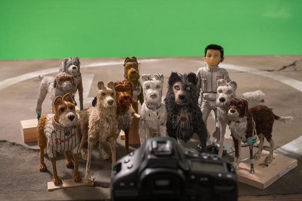Can canh qua trinh tao ra nhung chu cho trong sieu pham 'Isle of Dogs' hinh anh 3