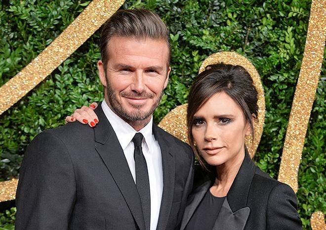 Vo chong David Beckham va dan sao du le cuoi cua Hoang tu Anh hinh anh