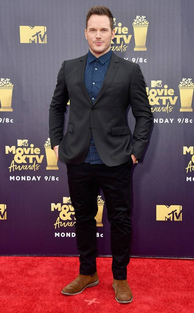 Dan sao dinh dam do bo tham do le trao giai MTV 2018 hinh anh 5