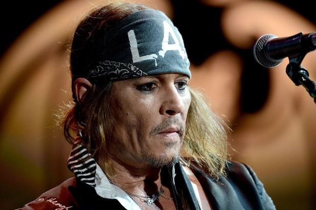 Johnny Depp trai long ve thoi gian den toi, suy sup den muc muon tu tu hinh anh