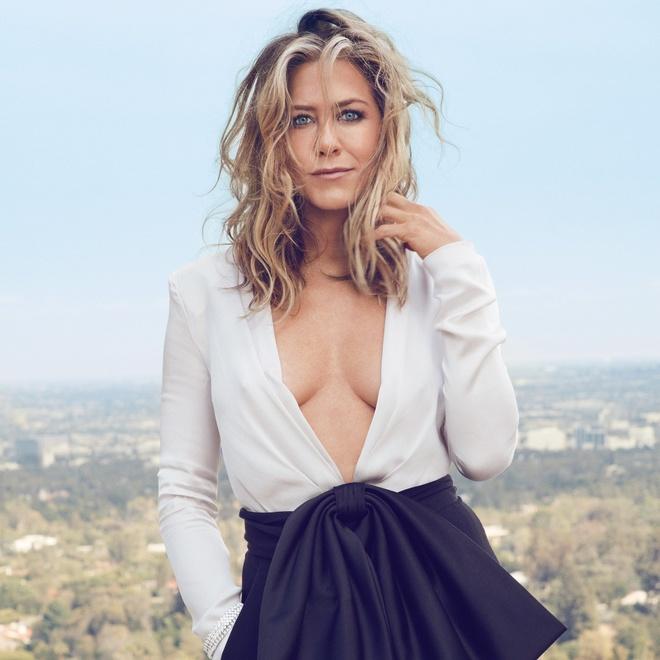 Jennifer Aniston phan bac tin don ich ky, khong sinh con de giu chong hinh anh 3