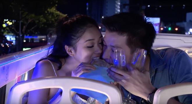 The Bachelor VN tap 3: Chang Viet kieu doc than tu choi 3 co gai hinh anh