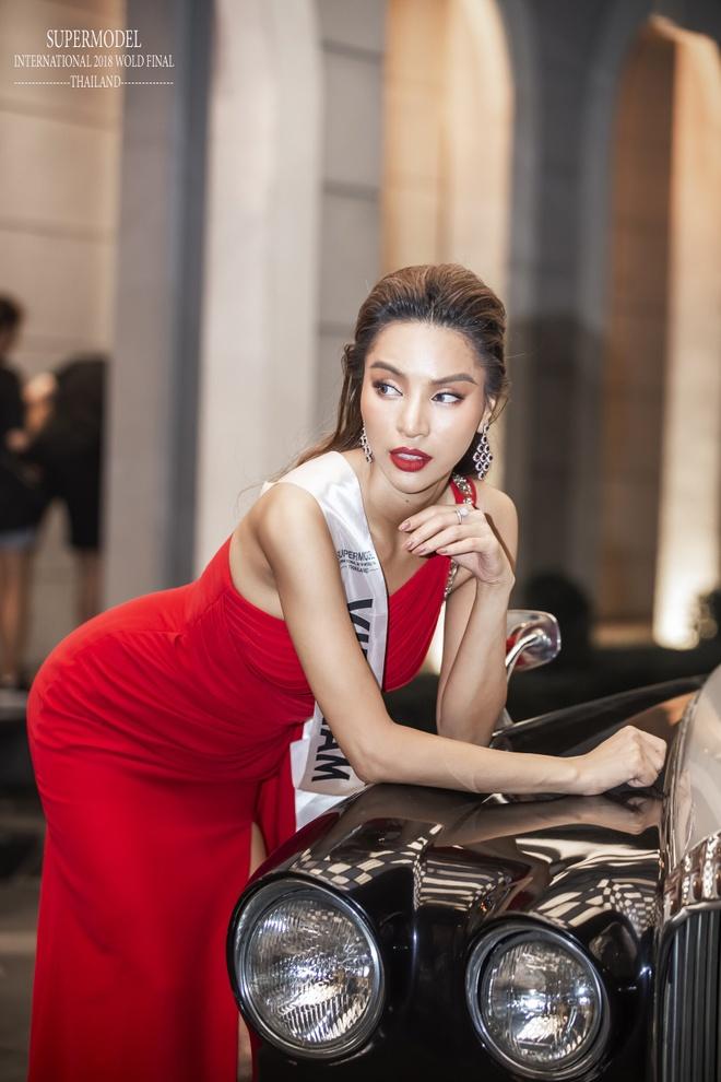 Hanh trinh den quan quan Sieu mau quoc te 2018 cua chan dai Kha Trang hinh anh 8