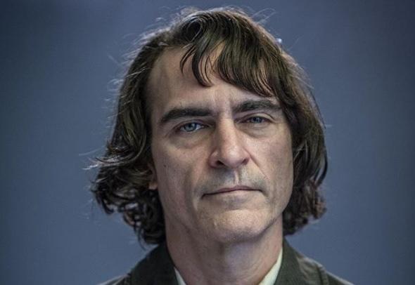 Tao hinh dau tien cua Joaquin Phoenix trong vai Joker duoc khen ngoi hinh anh
