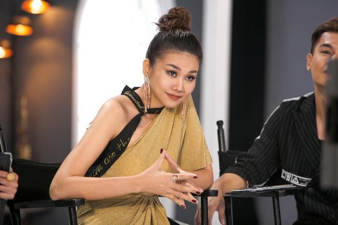 Loai thi sinh cua Hoang Yen 'vi dai cuoc', Thanh Hang bi nem da du doi hinh anh