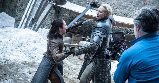 Loat anh hau truong chua tung cong bo cua 'Game of Thrones' hinh anh