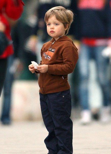 Con gai tom boy nha Angelina Jolie ngay cang ra dang con trai hinh anh 5