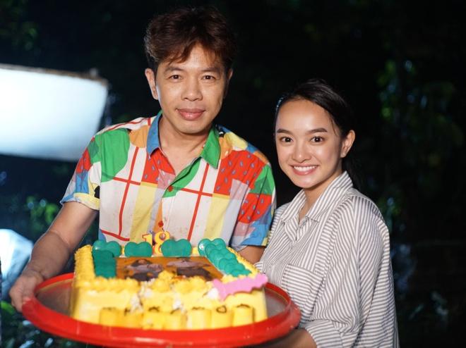 Thai Hoa va Kaity Nguyen nhan tin voi nhau moi ngay khi quay phim hinh anh