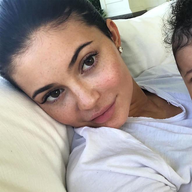 Kylie Jenner, Miranda Kerr va nhung sao nu de mat moc dep nhat 2018 hinh anh 1