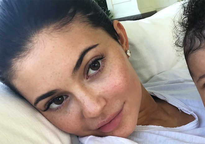 Kylie Jenner, Miranda Kerr va nhung sao nu de mat moc dep nhat 2018 hinh anh