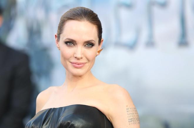 Angelina Jolie hau ly hon anh 5