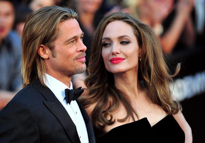 Angelina Jolie song ra sao sau gan 3 nam chia tay Brad Pitt? hinh anh 1