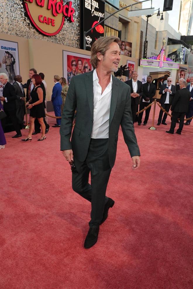 Brad Pitt, DiCaprio va 'qua bom sex' Margot Robbie hoi ngo o tham do hinh anh 4