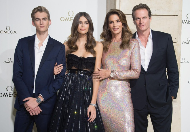gia dinh Cindy Crawford anh 4