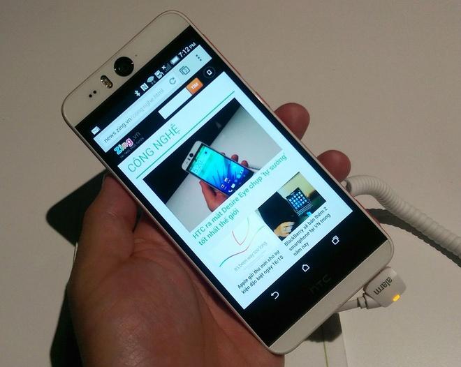 Anh thuc te HTC Desire Eye voi camera truoc 13 megapixel hinh anh