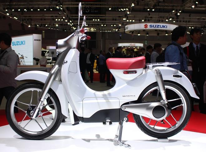 Honda EV-Cub Concept - mau xe khoi goi cam hung hinh anh