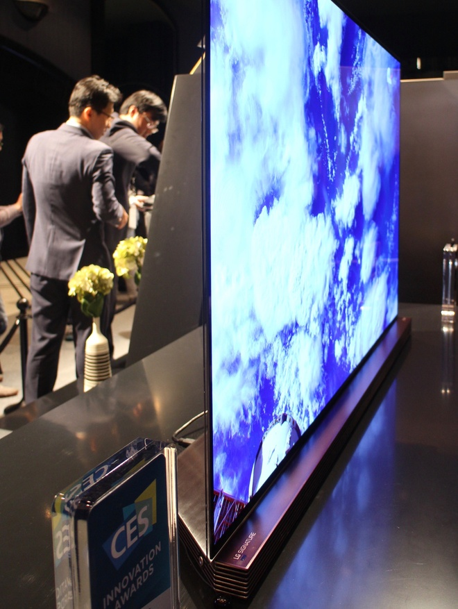 LG mang TV mong 2,57 mm ve Viet Nam trong quy III hinh anh 2