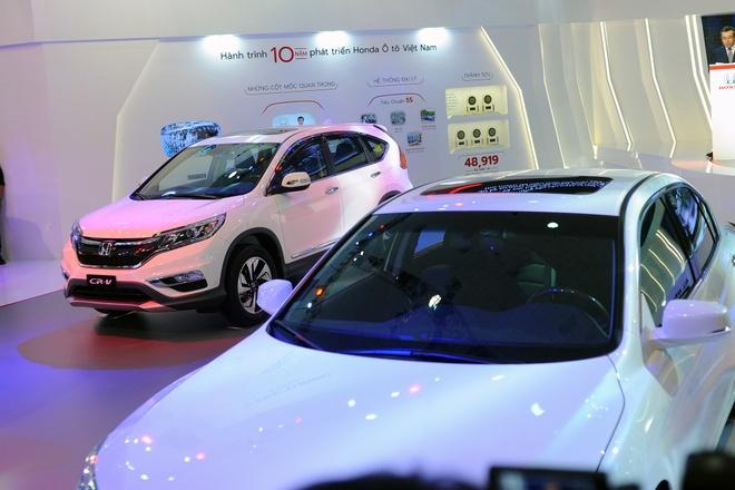 Vietnam Motor Show 2016: Nhieu xe hot nhung thieu gia vi hinh anh