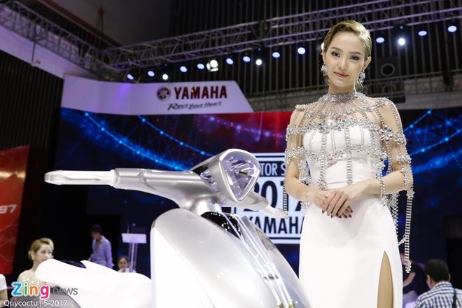 VMCS 2017 khai mac: Yamaha Glorious, Honda Lead trinh lang hinh anh 19