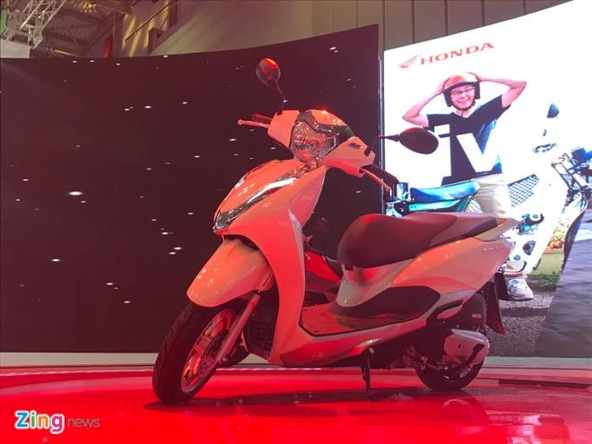 VMCS 2017 khai mac: Yamaha Glorious, Honda Lead trinh lang hinh anh 5