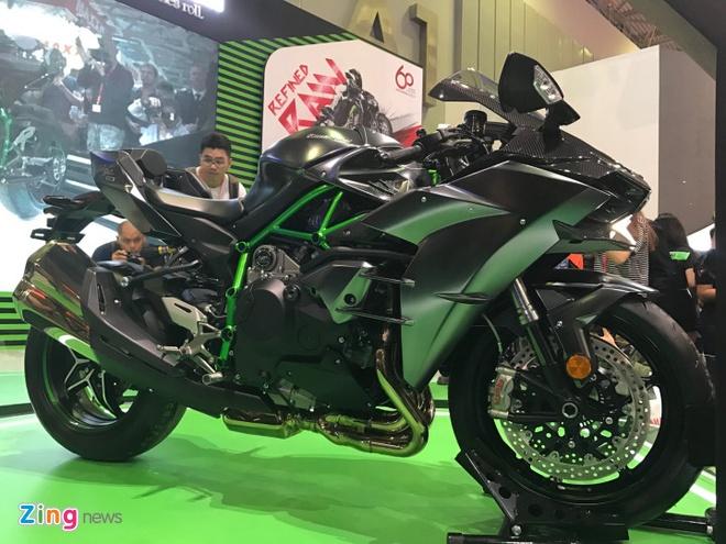 VMCS 2017 khai mac: Yamaha Glorious, Honda Lead trinh lang hinh anh 9