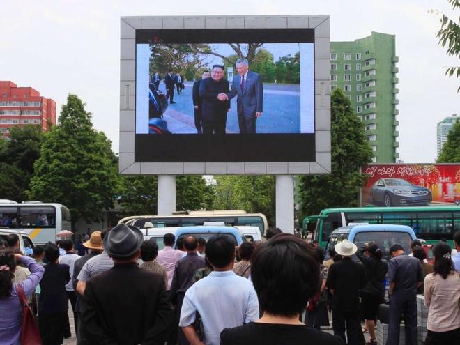 TT Trump se gap rieng Kim Jong Un dau ngay hop thuong dinh 12/6 hinh anh 21