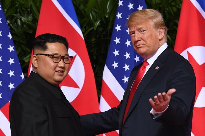 Thuong dinh Trump - Kim: Xep lai qua khu, noi ve tuong lai hinh anh