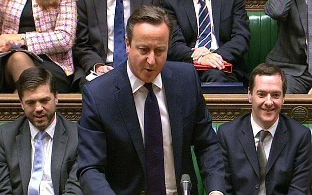 Thu tuong Anh san sang bat chap du luan de diet IS hinh anh 1 Thủ tướng Anh David Cameron phát biểu trong phiên họp Quốc hội Anh hôm 18/11. Ảnh: