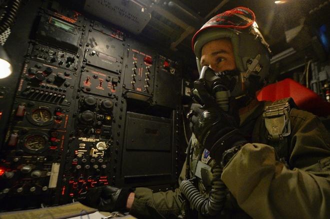 Sau 60 nam, B-52 van la 'phao dai' chua the thay the hinh anh 3