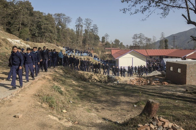 Nhung phan doi tat nguyen vi dong dat lich su o Nepal hinh anh 11