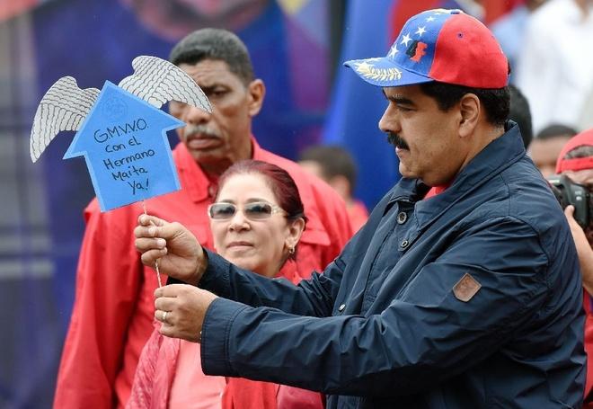 Venezuela chinh dong ho nhanh hon de tiet kiem dien hinh anh