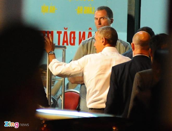 Tong thong Obama goi 2 suat bun cha Ha Noi hinh anh 3