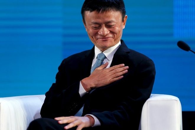 Dat ky tich ban hang, nhan vien Alibaba lap tuc mat viec hinh anh