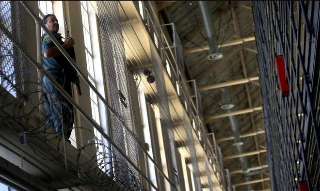 Khu nhot tu tu trong nha giam khet tieng o My hinh anh 7