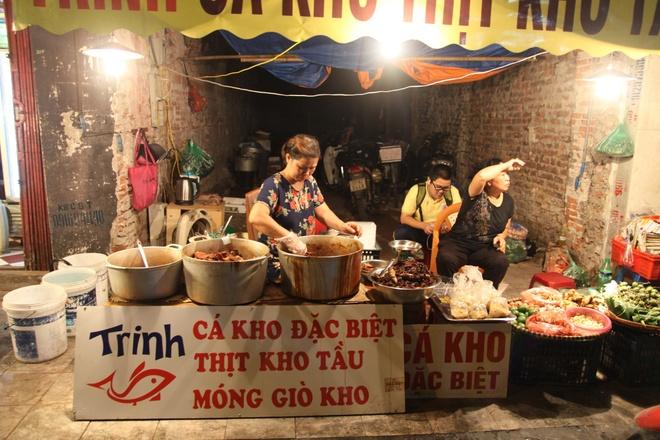 Troi lanh thuong thuc ca kho cho Hang Be hinh anh 2