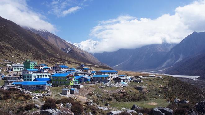 Phuot thu Viet di bo 3 ngay den ngoi lang xa xoi nhat Nepal hinh anh