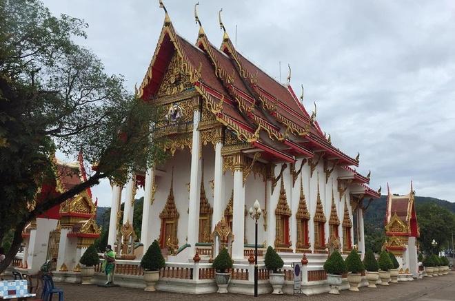 Nhung diem vui choi o thien duong bien Phuket hinh anh 2