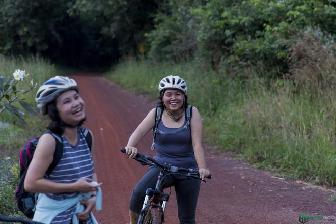 Jungle biking - thach thuc giua rung sau hinh anh 17
